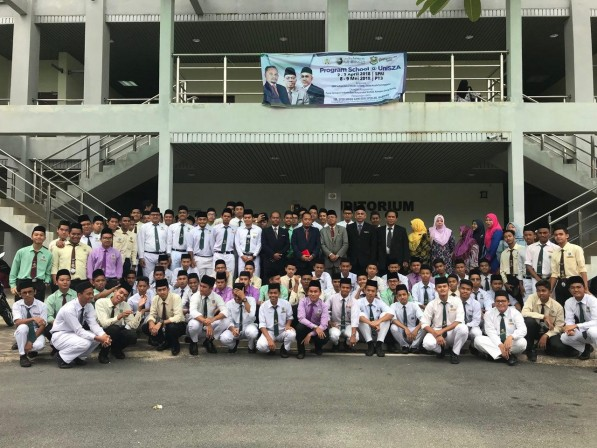 SchoolUniSZA 4.0